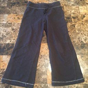 Size 4t black sweatpants!